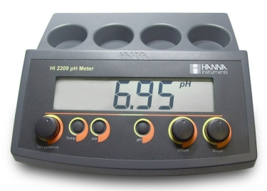 HI-2209 pH/mV Bench Meter with Manual Calibration [HI-2209]