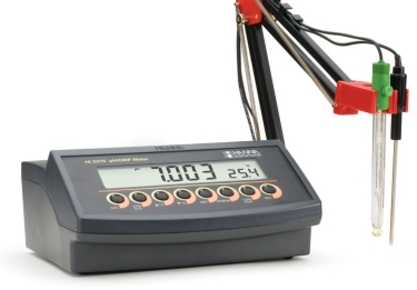 HI-2215 Logging pH & mV Bench Meter [HI-2215-02]